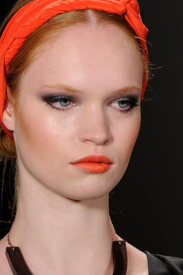7 Ways To Incorporate Coral Makeup ... Makeup