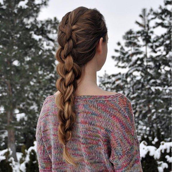 clothing, hair, hairstyle, long hair, pattern,