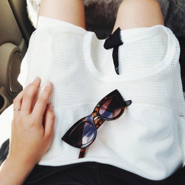 eyewear,glasses,vision care,arm,fashion accessory,