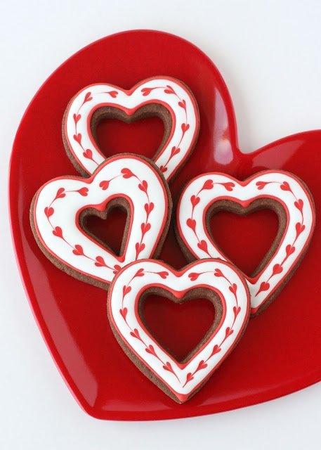 heart,font,food,dessert,organ,