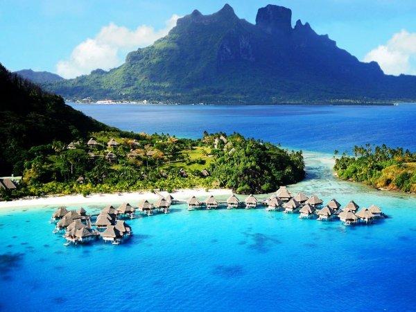 Jasmine Tookes Knows She'll Never Be Bored in Bora Bora