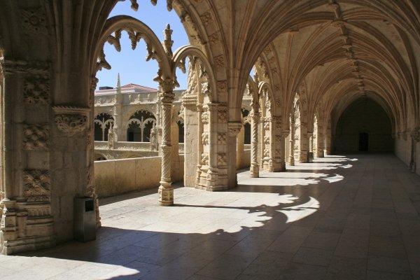 Visit Vasco Da Gama's Final Resting Place at Jeronimos Monastery