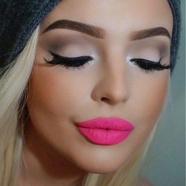 color,face,eyebrow,cheek,eyelash,