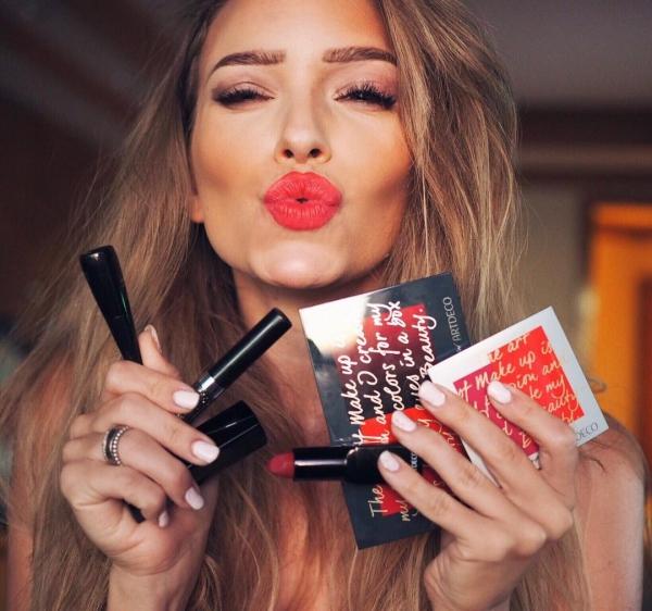 lip, eyebrow, beauty, lipstick, nail,