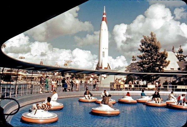 Flight to the Moon – Disneyland, 1967 - 1975