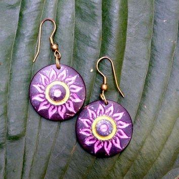 Coconut Shell Color Flower Carved Earrings