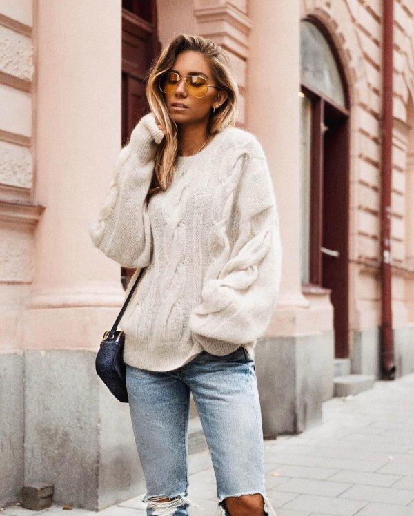 clothing, sleeve, outerwear, fur, denim,