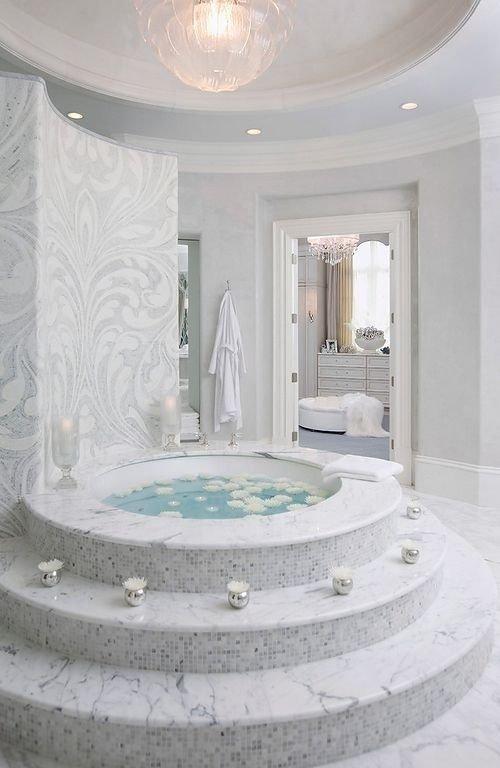Grand Tub