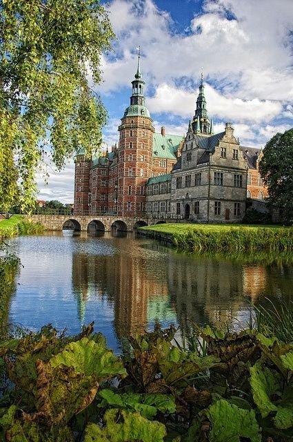 reflection,building,château,castle,river,