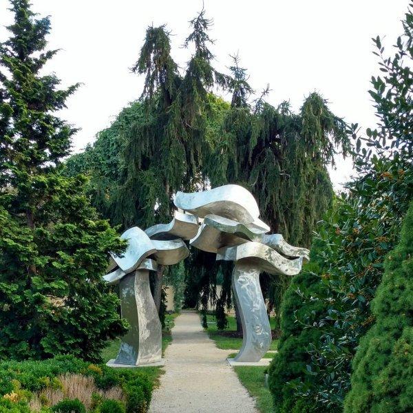 tree, tourist attraction, outdoor structure, garden, historic site,