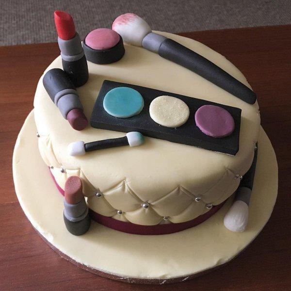 food, cake, dessert, cake decorating, sugar paste,
