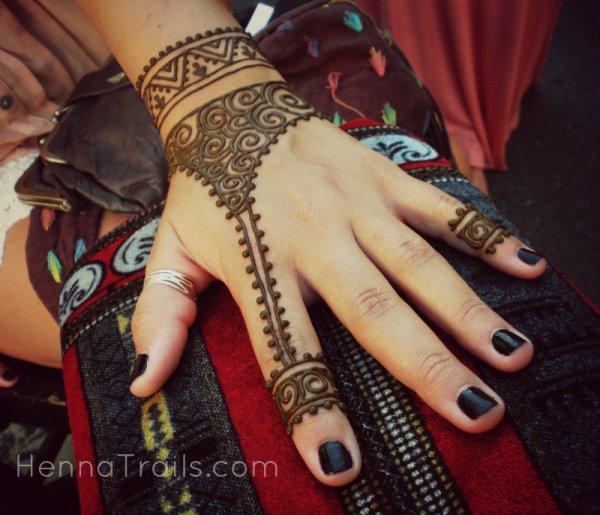 mehndi,pattern,design,finger,henna,
