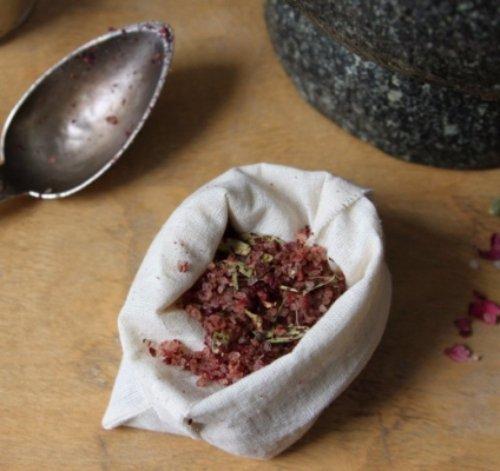 Rose, Cardamom and Ginger Body Soak