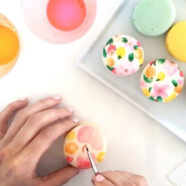 food, dessert, icing, finger, cake decorating,