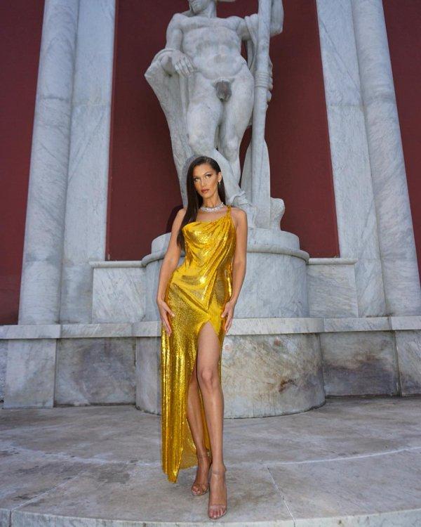 Fashion model, Fashion, Yellow, Shoulder, Beauty,