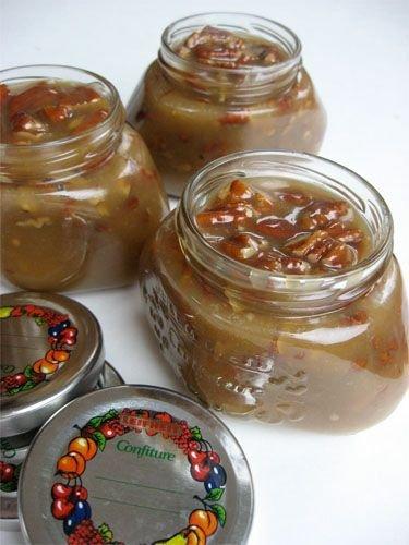 Praline Pecan Sauce