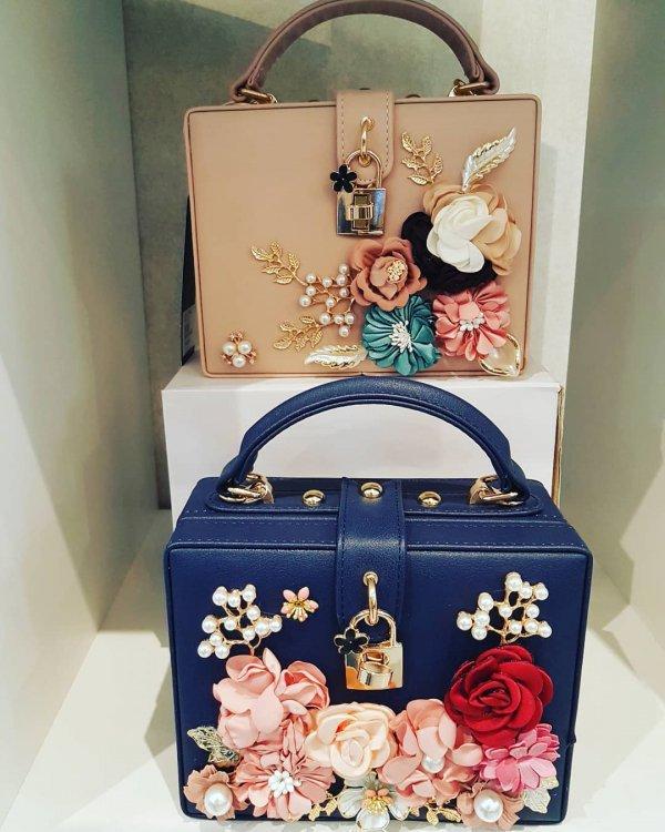 fashion accessory, handbag, bag, product,