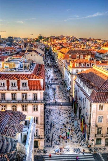 metropolitan area,cityscape,town,metropolis,landmark,