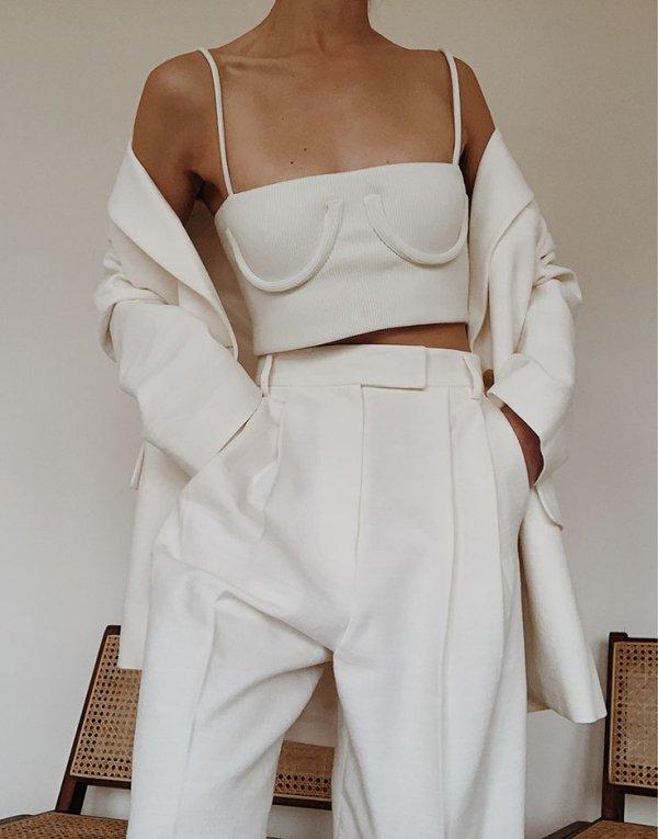 White, Clothing, Shoulder, Fashion, Joint,