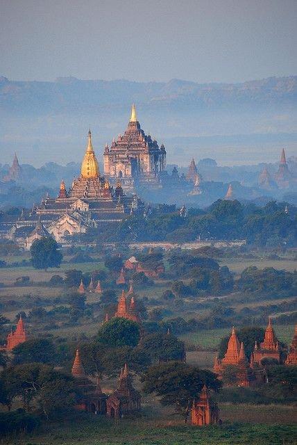 mountainous landforms,atmospheric phenomenon,mountain,castle,morning,