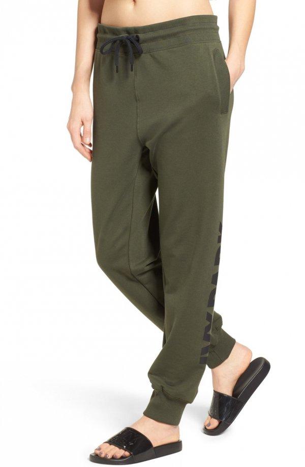 clothing, khaki, pocket, trousers, sleeve,