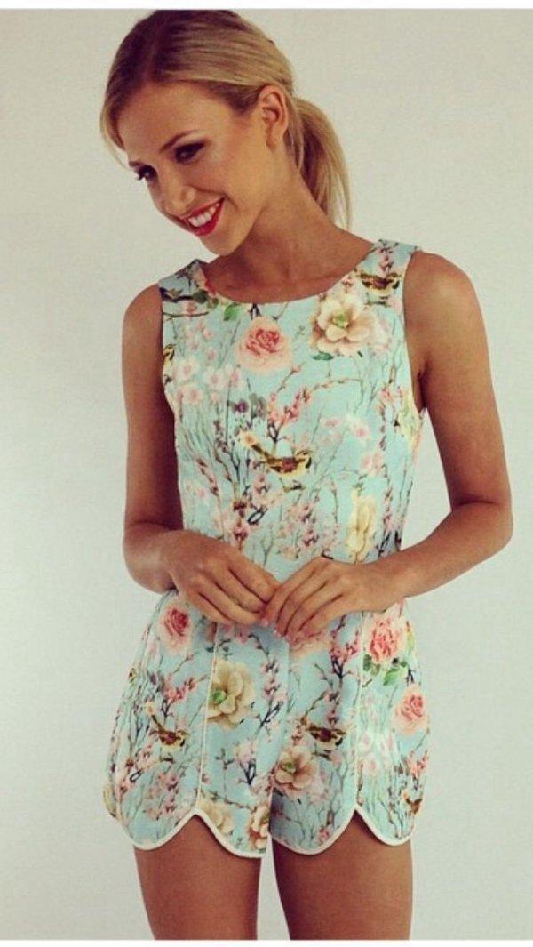 clothing,sleeve,dress,blouse,pattern,
