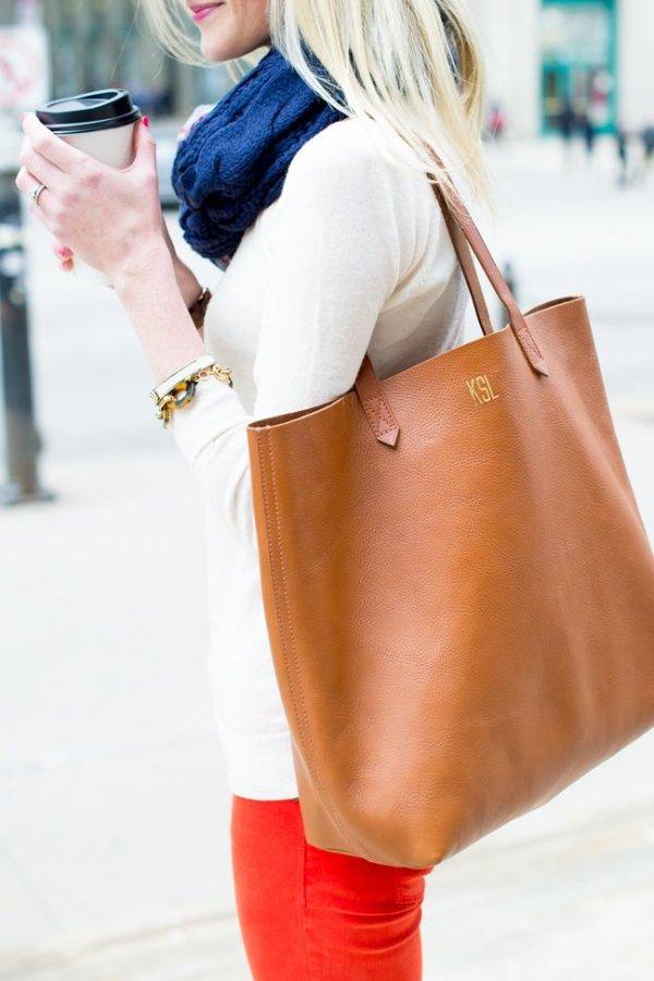 handbag,clothing,red,footwear,fashion,
