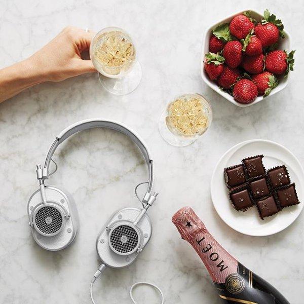 food, fashion accessory,