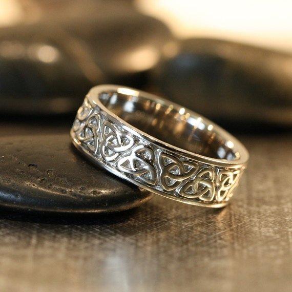 Trinity Knot Rings