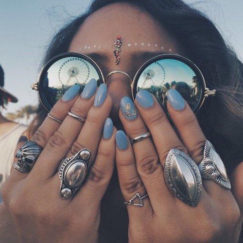 finger,nail,hand,tattoo,arm,