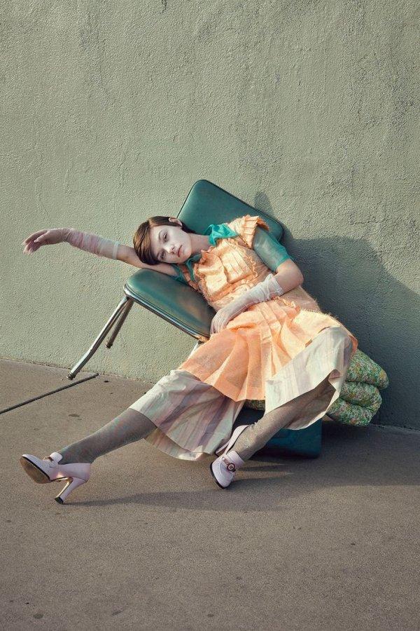 Footwear, Costume, Leg, Joint, Ballet dancer,