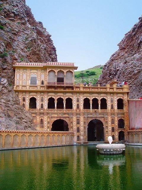 Galtaji Temple, Khania-Balaji