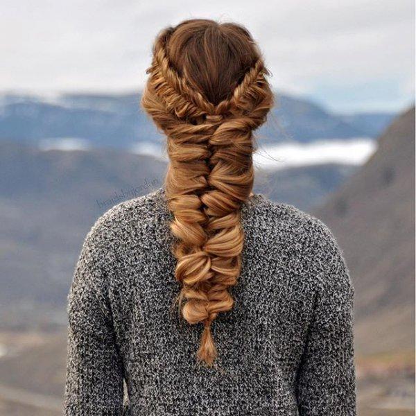 clothing, hair, hairstyle, fur clothing, long hair,