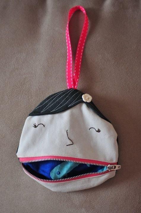 Ms Lipsie the Pocket Girl