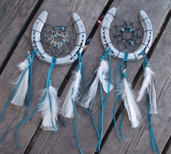 blue,fashion accessory,jewellery,wing,