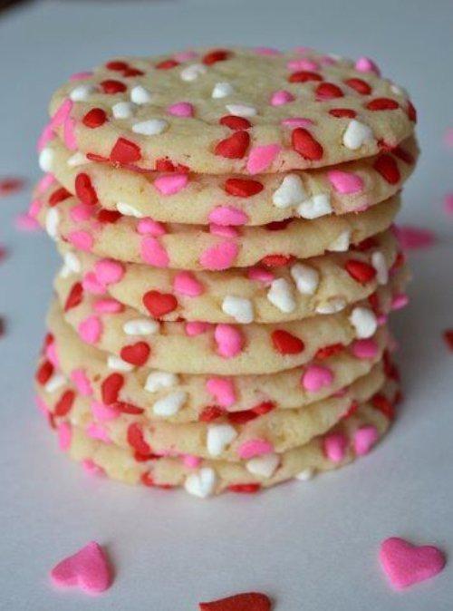 pink,food,dessert,icing,buttercream,