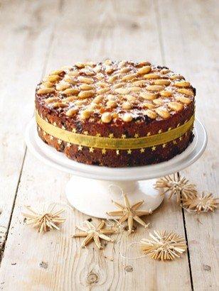 Nigella's Gorgeously Golden Fruit Cake