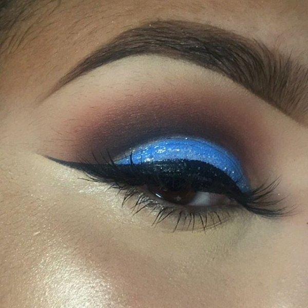 color,eye,eyebrow,face,blue,