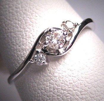 jewellery,ring,platinum,fashion accessory,silver,