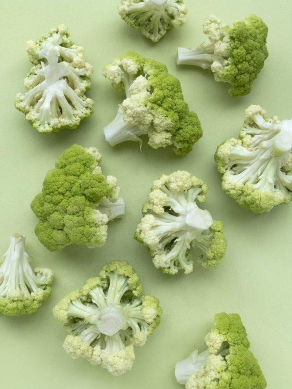 Cauliflower, Cruciferous vegetables, Leaf vegetable, Flower, Plant,