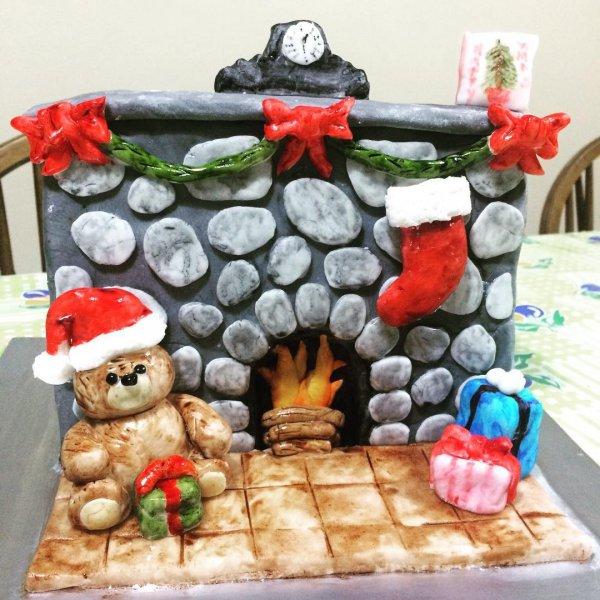 food, christmas decoration, dessert, dish, birthday cake,