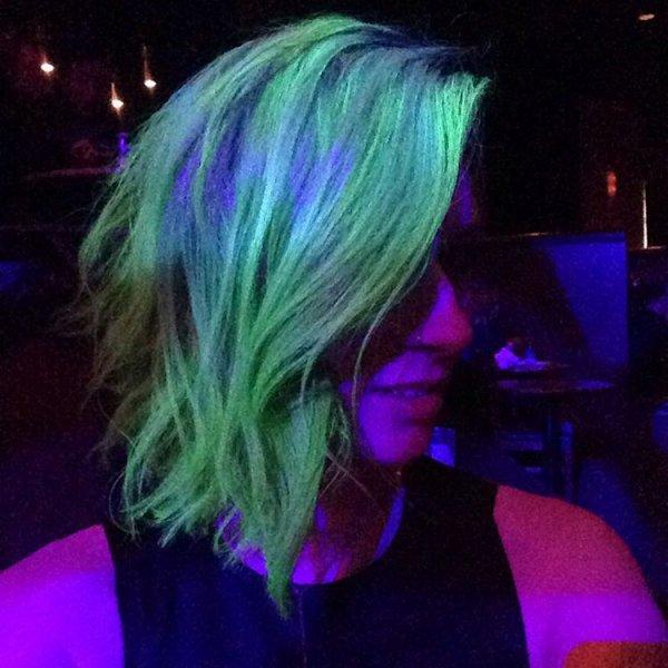 Her Glow-in-the-dark Lob