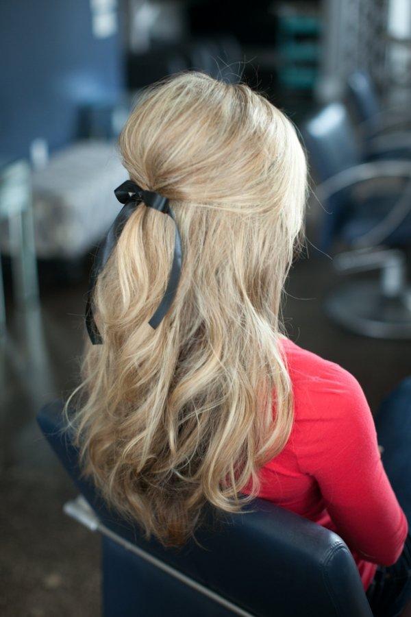 hair,human hair color,blond,hairstyle,long hair,