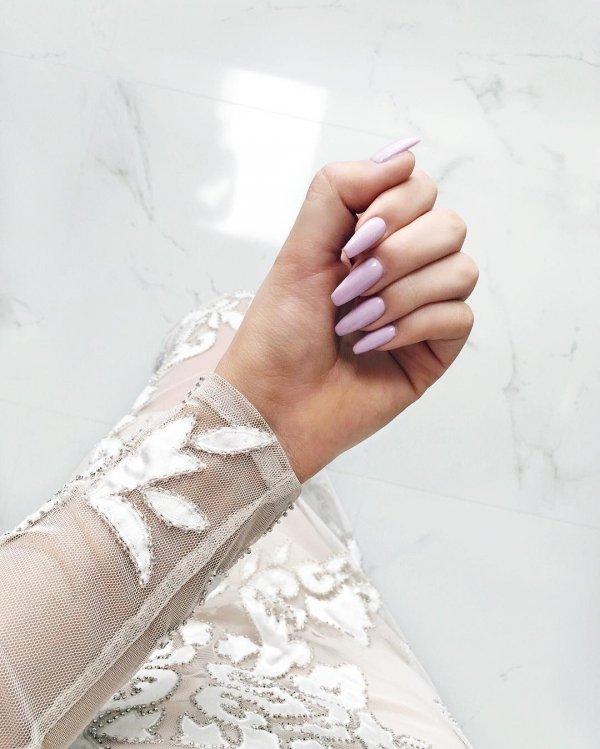 finger, arm, fashion accessory, hand, leg,