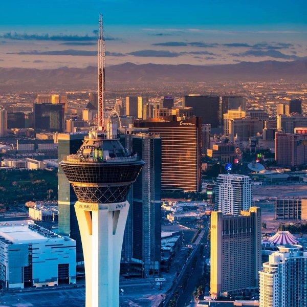 metropolitan area, skyline, skyscraper, cityscape, landmark,