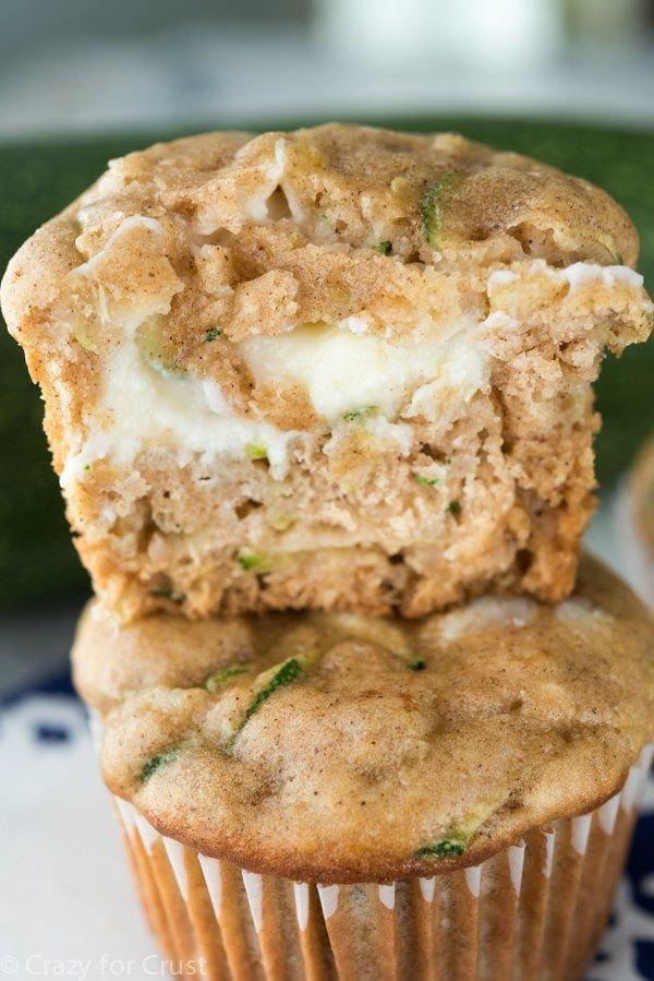 muffin, baked goods, food, dessert, baking,