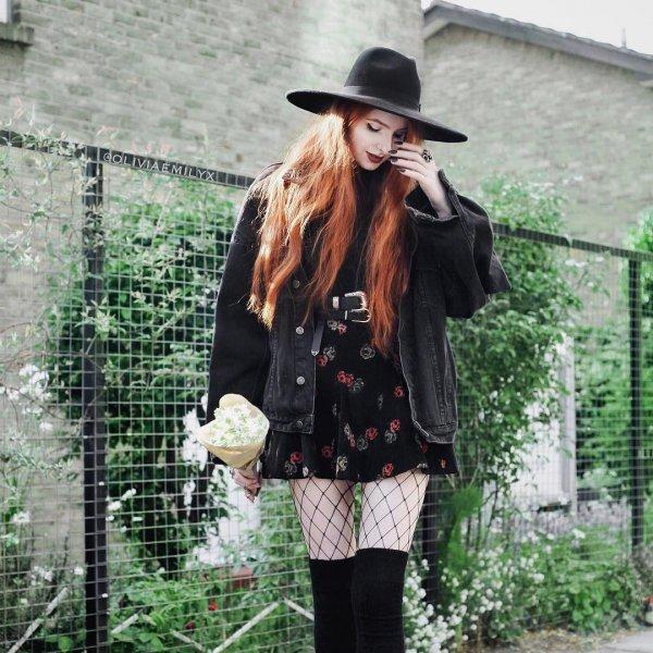 clothing, shoulder, tartan, headgear, pattern,
