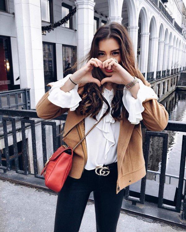 clothing, fur, outerwear, fashion, fashion accessory,