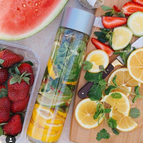 food,produce,fruit,plant,citrus,