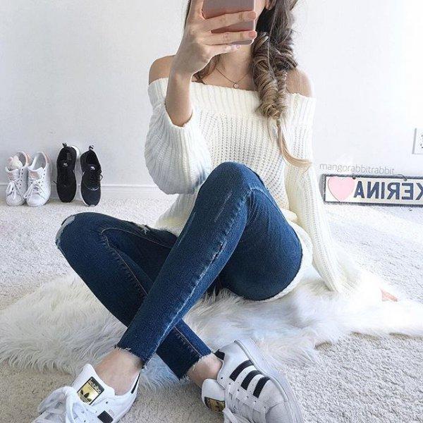 clothing, leg, human action, footwear, jeans,